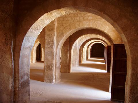 El Ribar es un recinto fortificado que sirvió a los monjes guerreros ...